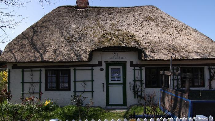Будиночок з очеретяною стріхою в Віке-ауф-Фер