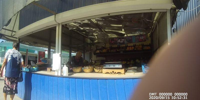 На Центральному ринку в Нових Санжарах не дотримуються карантинних обмежень